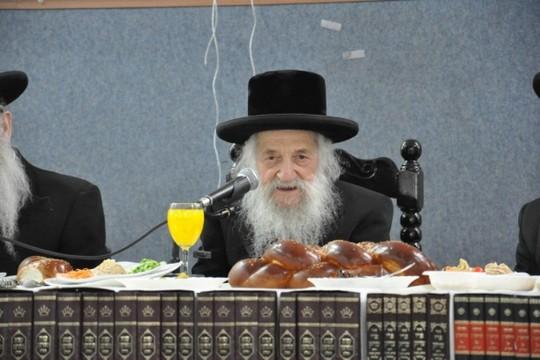 הרב שמואל הלוי וואזנר (בחדרי חרדים)