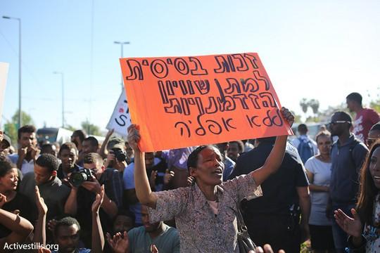 אלפי מפגינות ומפגינים יוצאי אתיופיה חוסמים כבישים בירושלים המחאה על אלימות משטרתית כלפי הקהילה (טלי מאייר/אקטיבסטילס)