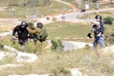המדינה לצלמים שהותקפו על ידי חיילים: סיכנתם את חיי הכוחות