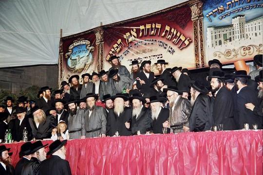 הרב שמואל הלוי וואזנר בכינוס של העדה החרדית