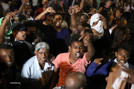 אלפים מיוצאי אתיופיה הפגינו בתל אביב נגד אלימות משטרתית. כיכר רבין (אקטיבסטילס)