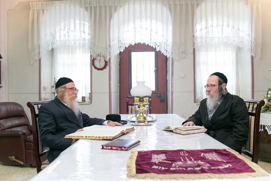 האחים הירש (נועם מושקוביץ)