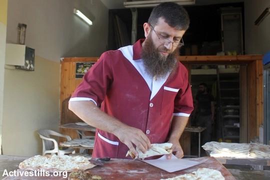 ח'דר עדנאן (אחמד אל-באז/אקטיבסטילס)