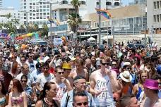 """מצעד הגאווה בתל אביב (שגרירות ארה""""ב, CC BY-SA 2.0)"""