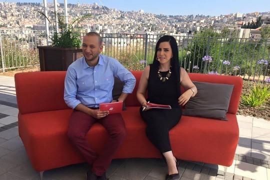 תוכנית הבוקר הראשונה של פלסטין 48, ששודרה מנצרת. המגישים: עפאף שיני ודוריד לידאוי (מדף הפייסבוק של הערוץ)