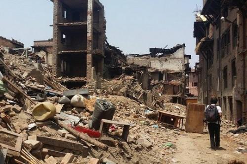 להביא את נפאל ליפו: תערוכת ציורים מכפר מוכה רעידת אדמה