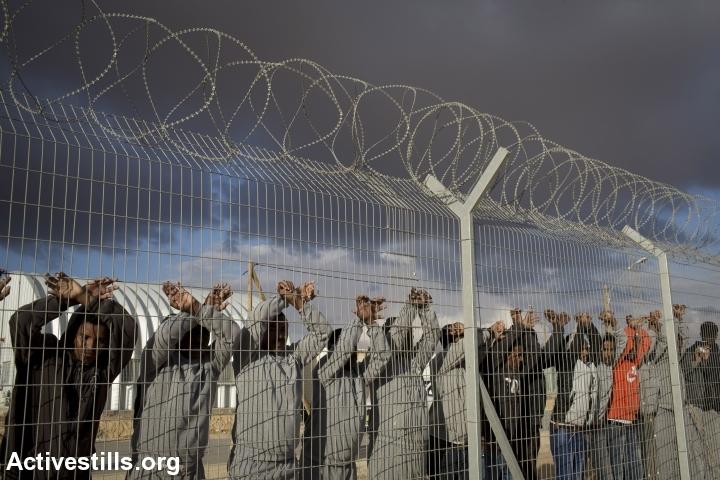 מחאת מבקשי מקלט בכלא חולות (אורן זיו / אקטיבסטילס)