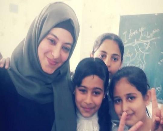 אימאן באשר, בת 33, מחנה הפליטים ג'באליה (אימאן באשר)