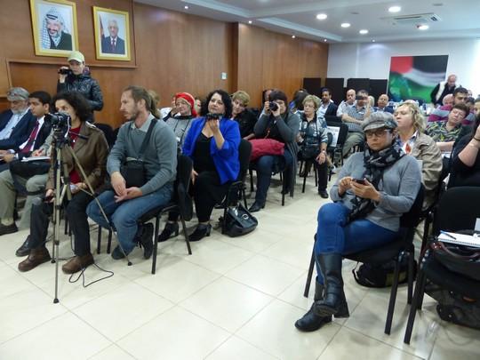 סיור של דוברי רוסית בשטחים (אדי ז'נסקר)