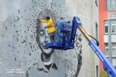 הקמע של רחוב חמרה: מוכר הוורדים הקטן שנהרג בסוריה והפך לסמל בביירות