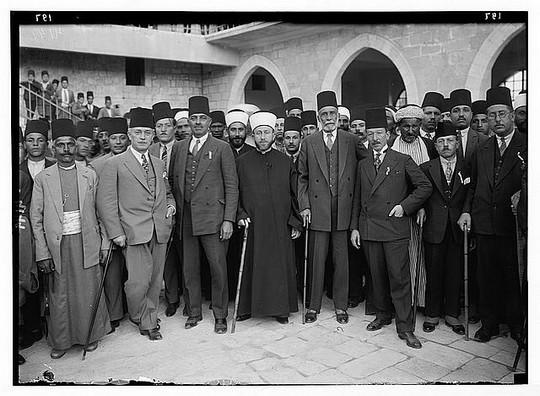 המופתי אל-חוסייני בראש משלחת מחאה ללונדון, דצמבר 1929