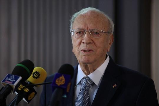 באג'י קאאד א-סבסי, מנהיג מפלגת קולה הקורא של תוניסיה (FIDH CC BY-NC 2.0)