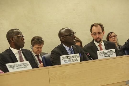 """במרכז: אדמה דיינג, יועץ מיוחד לענייני רצח עם, בדיון מועצת זכויות האדם של האו""""ם על המצב בבורנדי (ג'ס הופמן, UN Geneva)"""