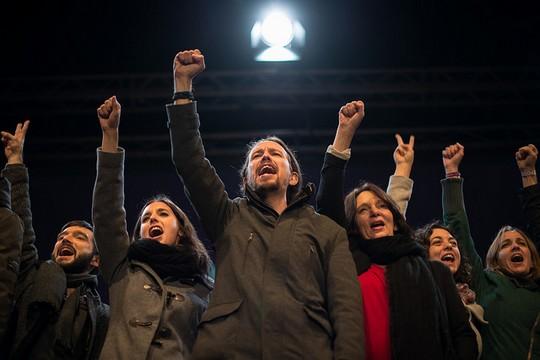 הנהגת פודמוס חוגגת ניצחון, היום בספרד (Adolfo Lujan CC BY-NC-ND 2.0)