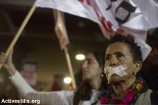 מחאה נגד השתקה וסתימת פיות, תל אביב (אורן זיו / אקטיבסטילס)