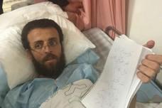 דיווחים: מצבו של העיתונאי שובת הרעב מחמד אלקיק קריטי