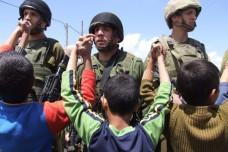 דעיכתה של ההתנגדות הבלתי חמושה הפלסטינית וקצת תקווה לשינוי