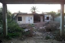 עזובה בשכונה ג' בבאר שבע (צילום: דני בלר)