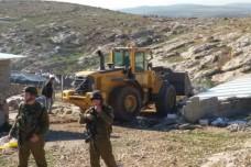 הריסות בתים בדרום הר חברון: הצבא משתמש בשטח אש לגירוש פלסטינים