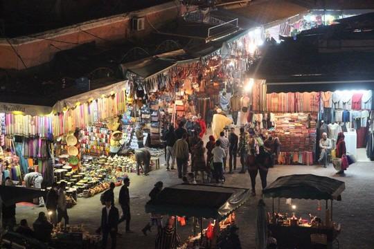 השוק במרקש, מרוקו (טל ויינטראוב)