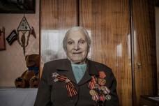 וטרנית עם מדליות (Tatjana Aleksandrovna Veselova CC BY-NC-ND 2.0)