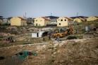 הריסת בית באום אל-חיר, ליד ההתנחלות כרמל (ויסאם השלמון / פלאש90)