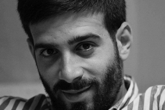 """השופט שיחרר אותו ממעצר בערבות, אז השב""""כ הוציא לו צו מנהלי. העיתונאי ואיש המדיה של ארגון זכויות האסירים """"אדמיר"""", חסן ספדי."""