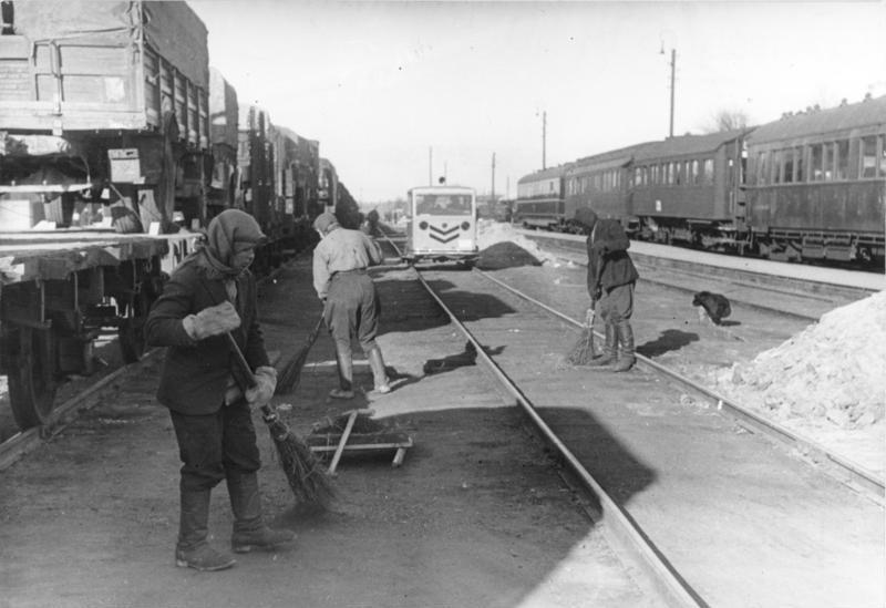עבודות כפיה בשירות הנאצים. הארכיון הפדרלי הגרמני