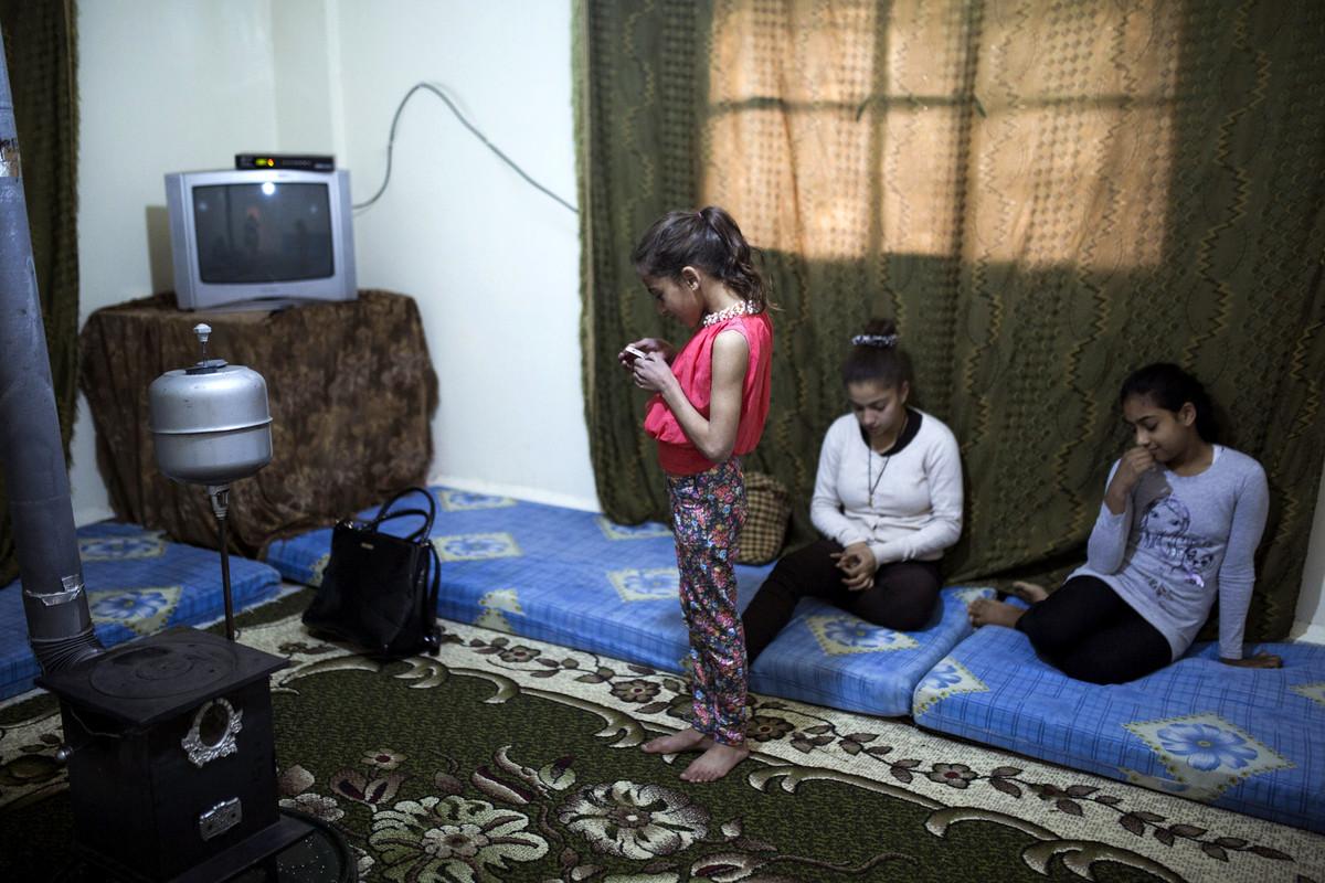 פליטים בלבנון: בנותיה של בסימה, בעלבכ (אן פאק / אקטיבסטילס)