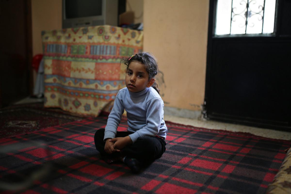פליטים בלבנון: טלא, אחייניתו של יאסר, בעלבכ (אן פאק / אקטיבסטילס)