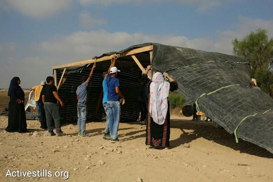 מקימים מחדש את הכפר אל-עראקיב, בפעם ה-102 (אורן זיו / אקטיבסטילס)