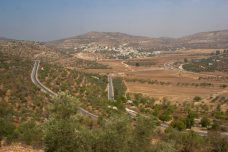יומני האופנוע בפלסטין: זר במולדתך