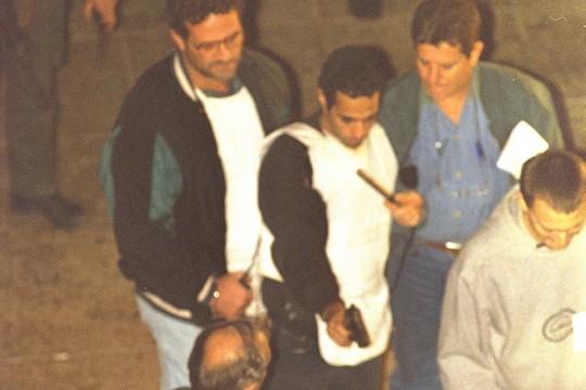 """יגאל עמיר משחזר את רצח רבין. האם זה קרה באמת? (נתי הרניק/לע""""מ)"""
