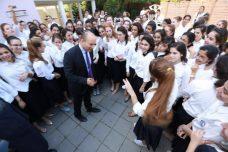 מהם הערכים מאחורי החינוך לזהות יהודית? כסף, והרבה