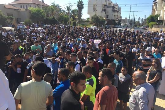 עצרת המחאה ליד בית העירייה הישן, לוד (חגי מטר)