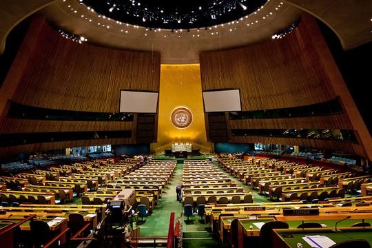 """אולם העצרת הכללית של האו""""ם, ניו יורק (Art L CC BY-NC-ND 2.0)"""