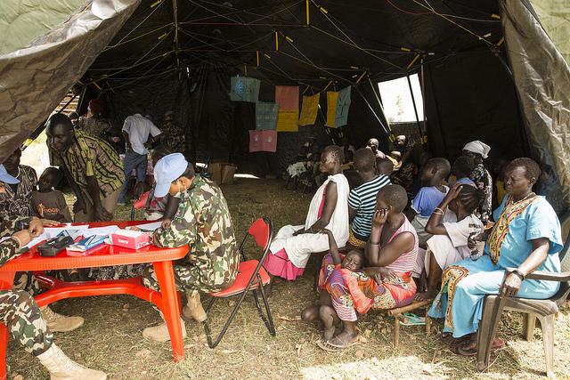 """מחנה סיוע רפואי של האוו""""ם ליד ג'ובה, דרום סודאן, אתמול (UNMISS Isaac Billy CC BY-NC-ND 2.0)"""