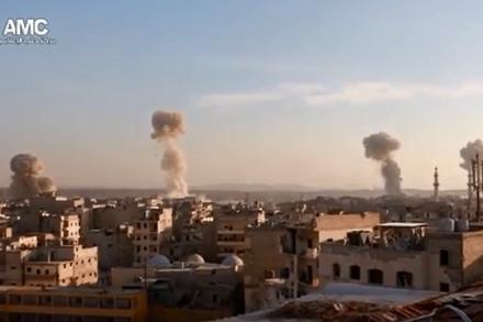 הפצצה של כוחות אסד על חאלב, נובמבר 2016 (צילום מסך AMC)