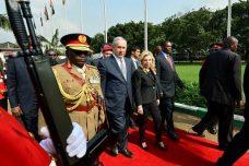 המשתתפות בחגיגות מעבר השגרירות: מועדון לקוחות הנשק של ישראל
