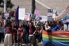 """ההפגנה מול שגרירות רוסיה היא עדות לבגרות של הפוליטיקה הלהט""""בית בישראל"""