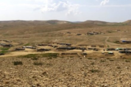 הכפר דקייקה בדרום הר חברון (רבנים לזכויות האדם)