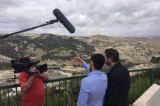 """""""הפלסטיני רוצה לצאת מהגטו עכשיו"""": ניר ברעם בראיון על סרטו החדש"""