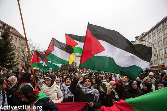 הפגנה פרו-פלסטינית בגרמניה (אן פאק/אקטיבסטילס)