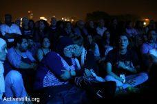 משתתפות טקס יום הזיכרון הישראלי-פלסטיני, גן הוורדים בתל אביב (אורן זיו / אקטיבסטילס)