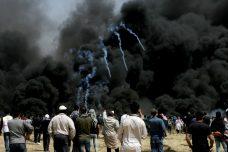 הפגנות בעזה? בישראל הפלסטינים עסוקים בפיקניק של פסח