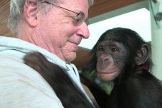 """מגיש עתירות לחילוץ בעלי חיים וקורא תיגר על התפיסה המשפטית של חיות. עו""""ד סטיב וייז (Pennebaker Hedegus Films)"""