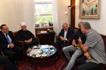 """מנהיגי הדרוזים בפגישה עם נתניהו. ניסו לקנות אותם בזול (צילום: קובי גדעון/לע""""מ)"""
