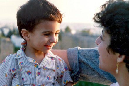 נאילה עאיש ובנה, מג'ד. (הצילום באדיבות נאילה עאיש)