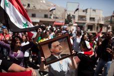 הפגנה למען סוריה. מג'דל שמס, הגולן הסורי הכבוש (מתניה טאוסיג/ פלאש90)