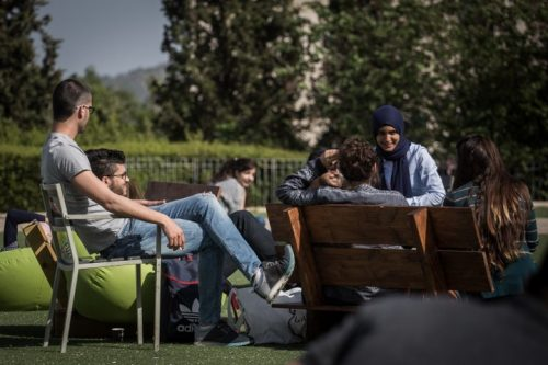"""""""לקמפוסים החינוכיים יש פוטנציאל להיות הכוח המוביל של חיים משותפים בתוך חברה קונפליקטואלית"""". סטודנטיות וסטודנטים באוניברסיטת חיפה (הדס פרוש / פלאש 90)"""